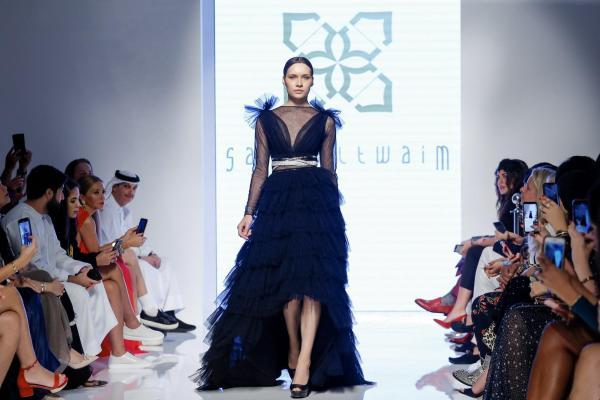 43026494f18db أبرز ما لفتنا خلال أسبوع الموضة العربي في دبي بنسخته الثامنة