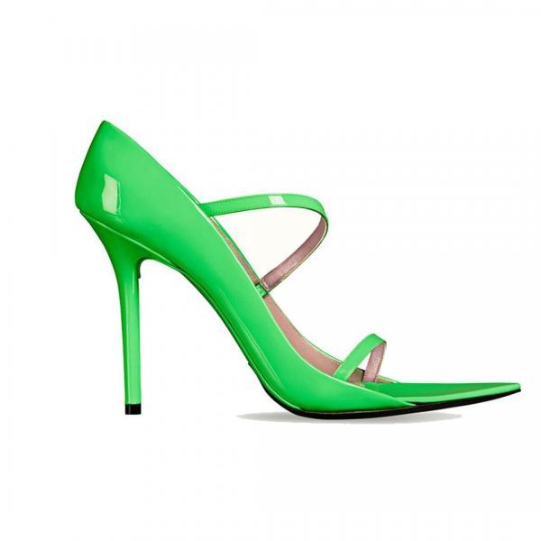 512260a75 مجلة زهرة السوسن - 10 أحذية صديقة للبيئة ستشجّعكِ على تبنّي أسلوب ...